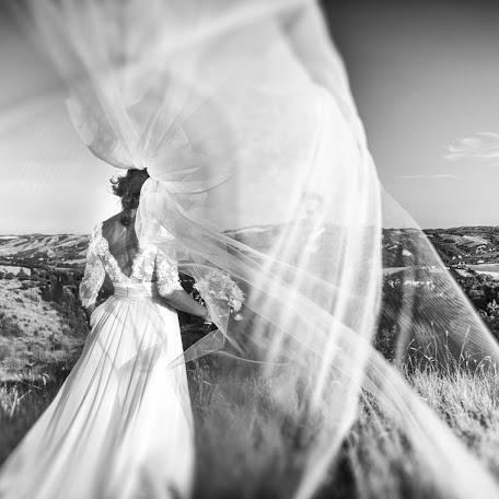 Wedding photographer Barbara Fabbri (fabbri). Photo of 09.02.2018