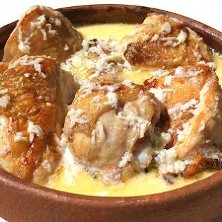 Chicken Shkmeruli – Chicken Cooked in Milk and Garlic Recipe
