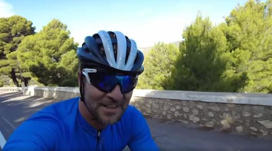 David Bisbal asciende al cielo de Almería desde el nivel del mar
