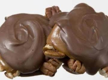 Pecan Caramel Turtles