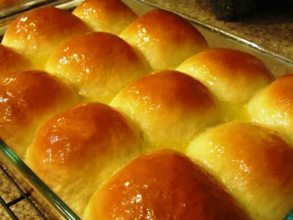 Grandma Nash's Hot Rolls Recipe
