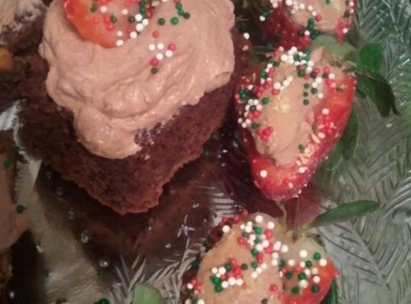 Chocolate Cheesecake Stuffed Strawberries Recipe