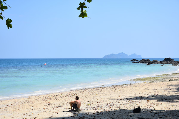 Relax at the beach of Koh Ngai