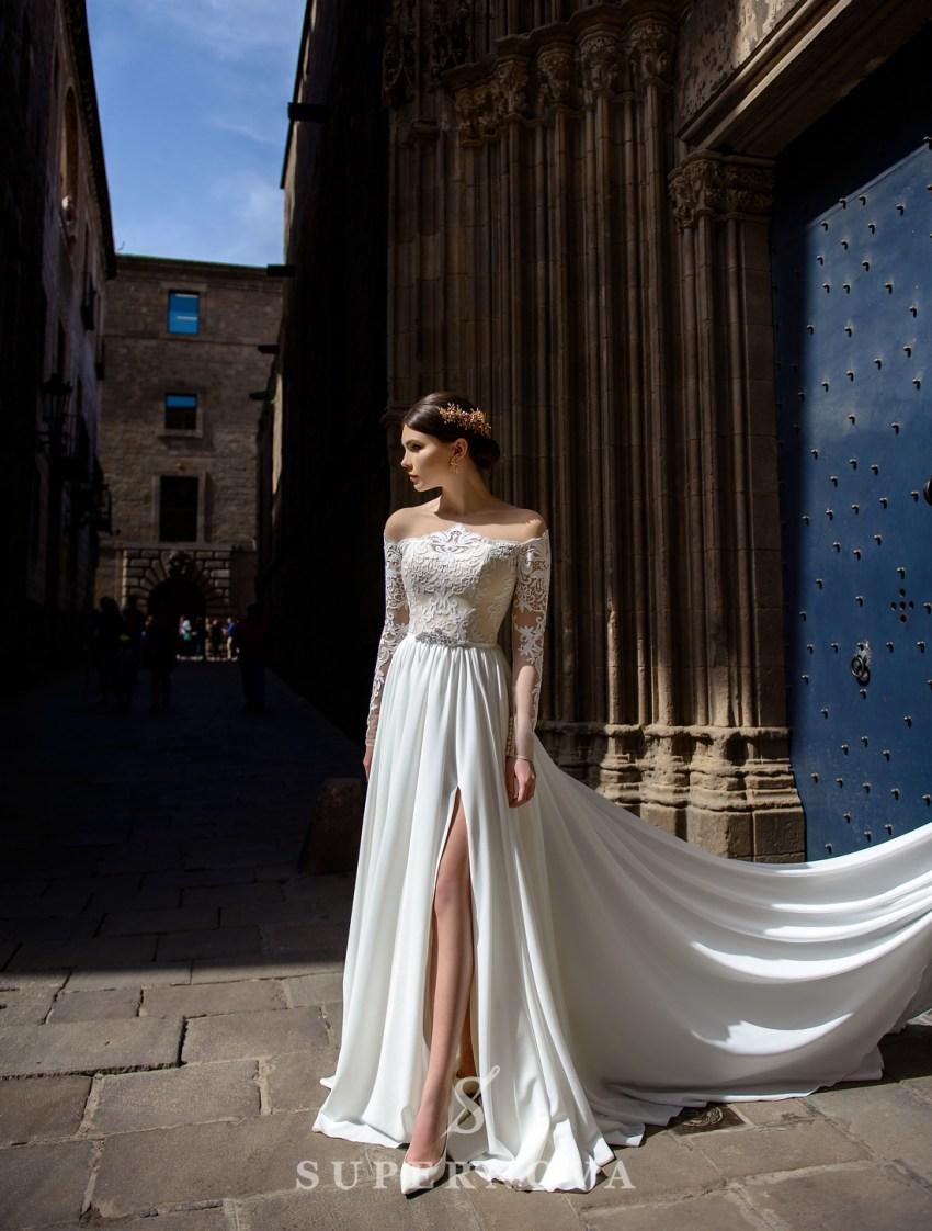 Пряма весільна сукня оптом