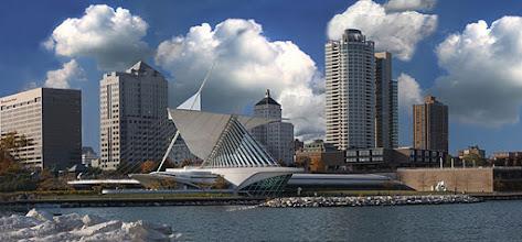 Photo: Milwaukee Skyline 2010 Calatrava and Art Center taken from Discovery World at Pier Wisconsin