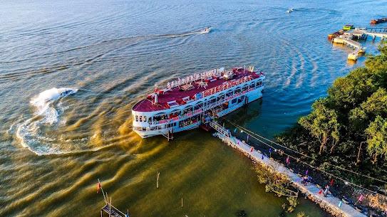 Du thuyền Giang Đình Cổ Độ 340 chỗ ngồi hoạt động trên sông Lam
