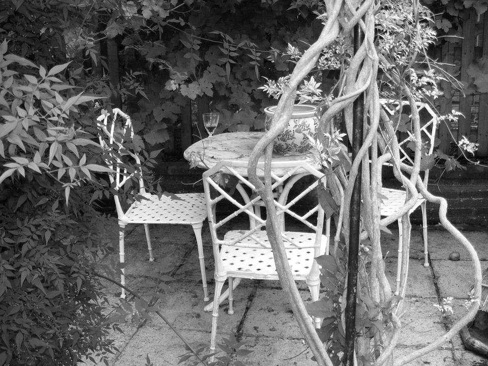 garden-326700_960_720.jpg