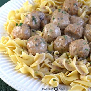 Crock Pot Salibury Meatballs.