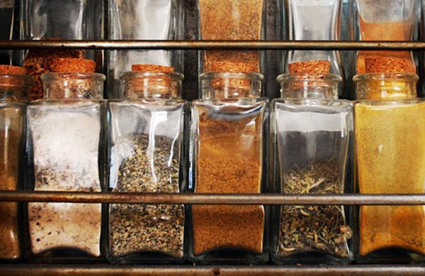 Freshen Up Spices for Maximum Flavor
