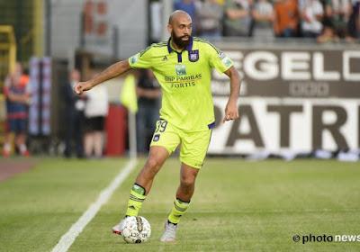 """Anderlecht réagit à la retraite de Vanden Borre : """"Nous devons d'abord lui parler"""""""
