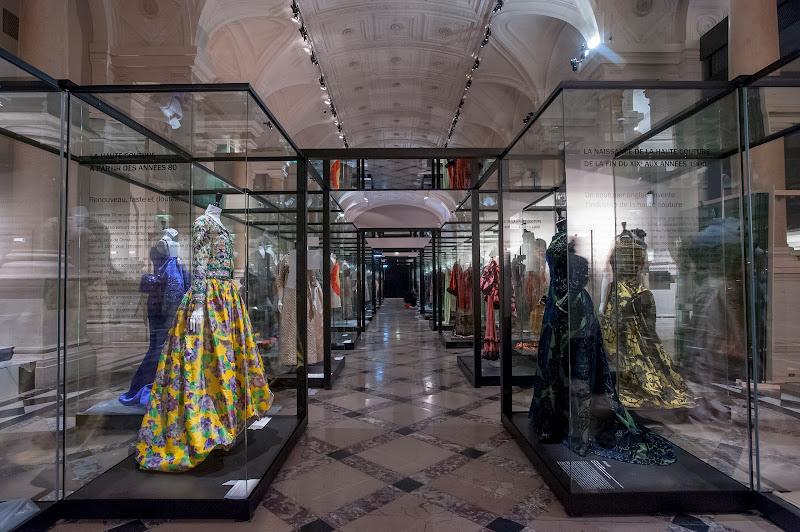 """Photo: Exposition """"Paris haute couture"""" du 2 mars au 6 juillet 2013 à l'Hôtel de Ville de Paris, 4e. Toutes les infos sur www.paris.fr/haute-couture Copyright : Marc Verhille / Mairie de Paris"""