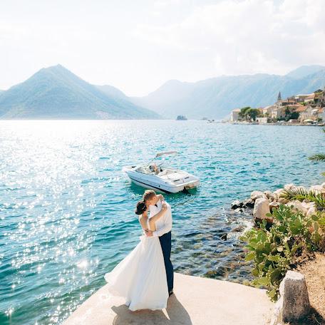 Wedding photographer Aleksandra Nadtochaya (alexnadtochaya). Photo of 06.04.2017