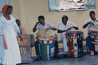 Photo: Tumba francesa de Guantanamo - 1993 © Daniel Chatelain