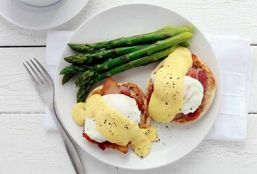Julia Childs Eggs Benedict
