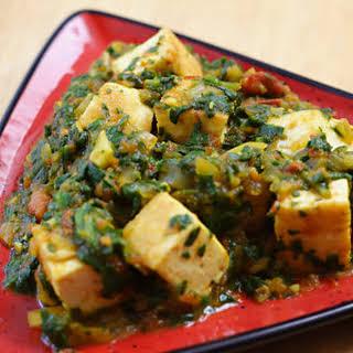Palak Tofu (Tofu in Curried Spinach Sauce).