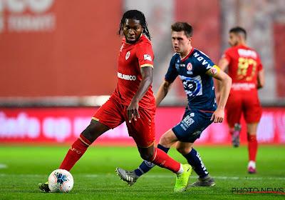 Mbokani opvallende afwezige bij Antwerp, aanvaller wil eerst meer duidelijkheid over toekomst