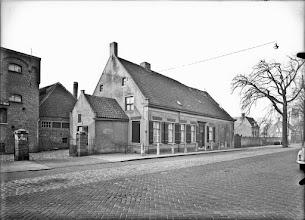 Photo: 1938 Brouwerij De Koe met boerderij aan Liesbosstraat