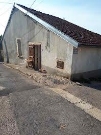 maison à Isches (88)