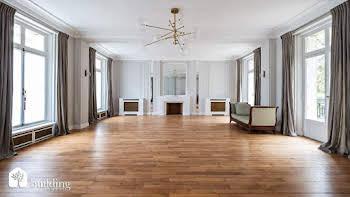 Appartement 7 pièces 300 m2