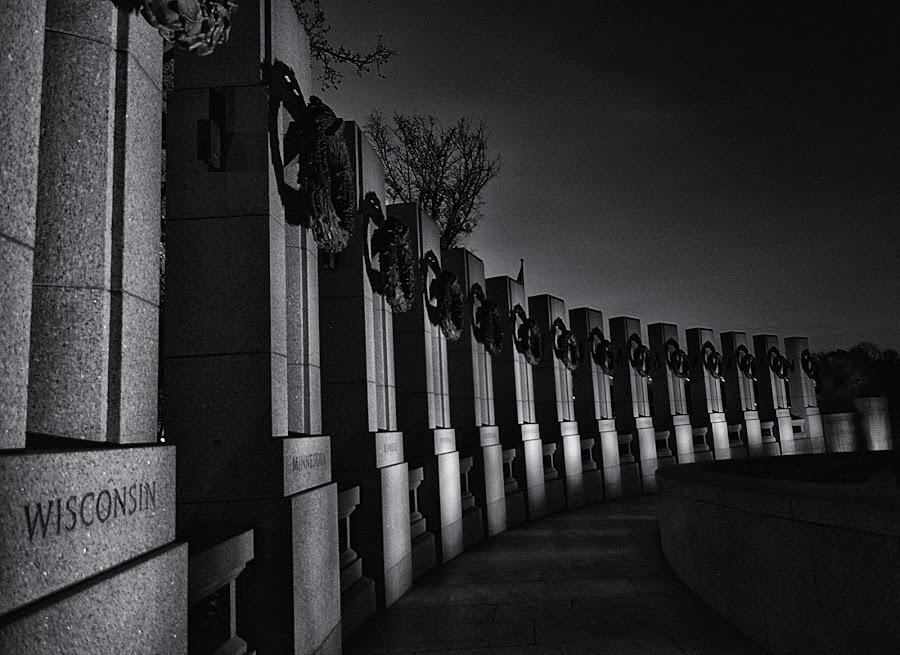 World War II Memorial by Fred Walker - Buildings & Architecture Statues & Monuments ( world war ii memorial )