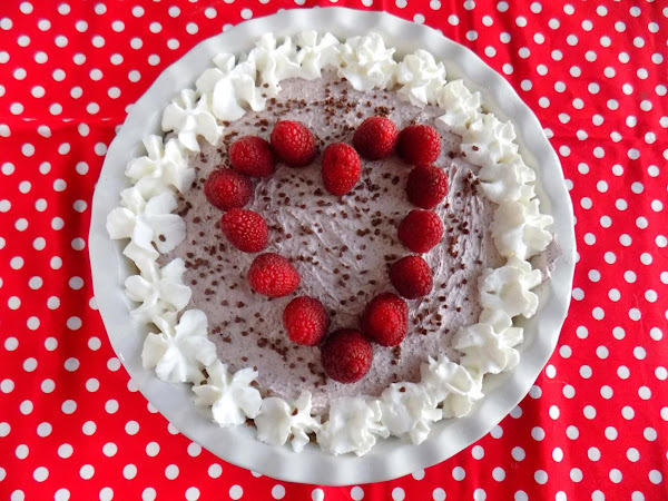 Sweetheart Raspberry Cream Pie Recipe