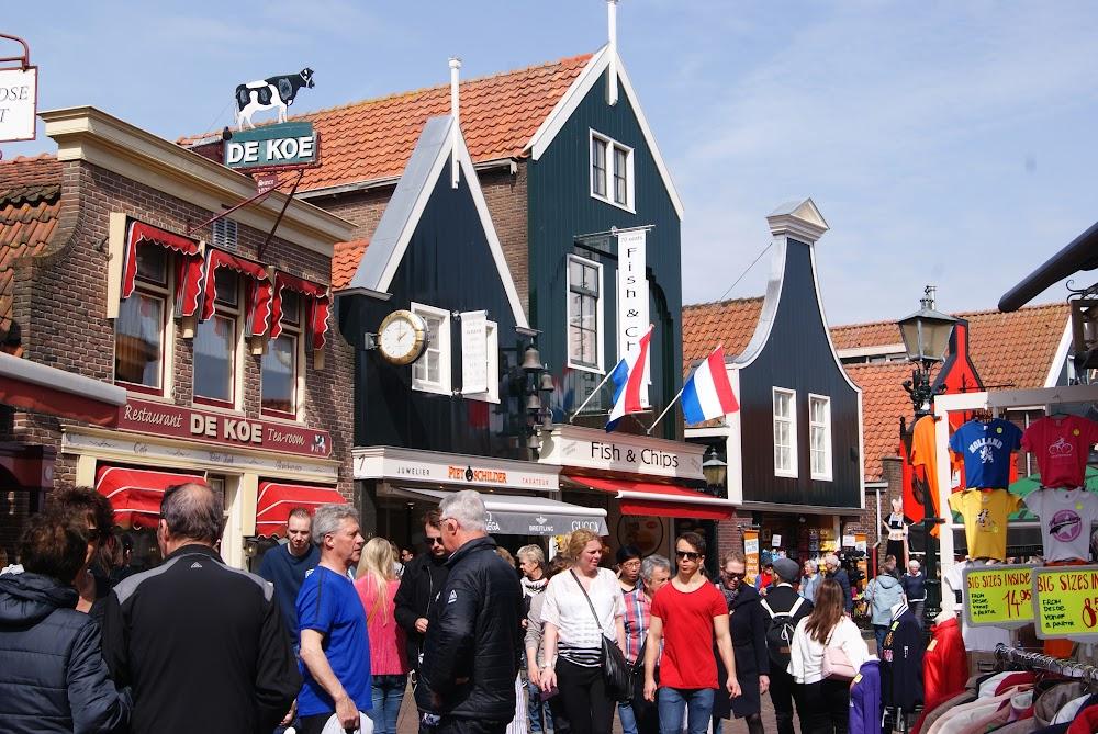 Странная и неожиданная любовь. По сути:Нидерланды, Бельгия, чуть Люксембурга и Франции, ну и Аахен