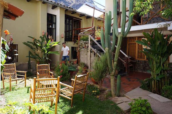 Hostal Los Andenes