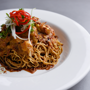 Dry Curry Chicken Lo Mein