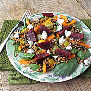 Spinach Lentil Beet Salad with Balsamic Dressing {No Added Sugar}.