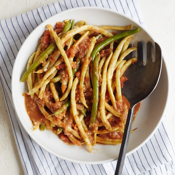 Summer Green Beans in Aromatic Spiced Tomatoes Recipe