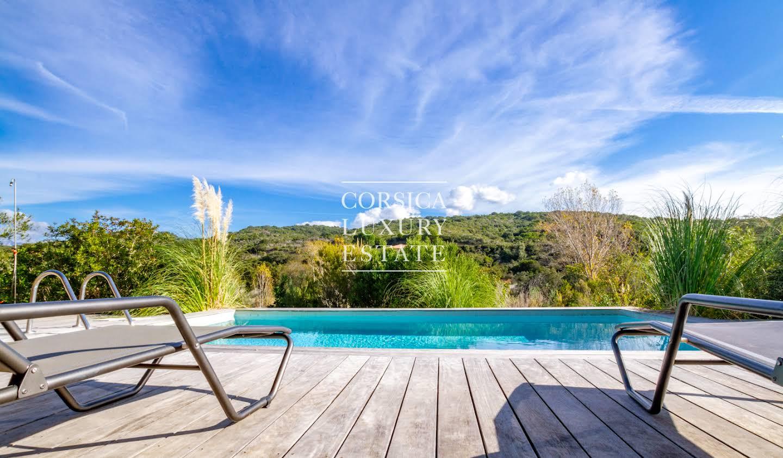 Contemporary house with garden and terrace Porticcio