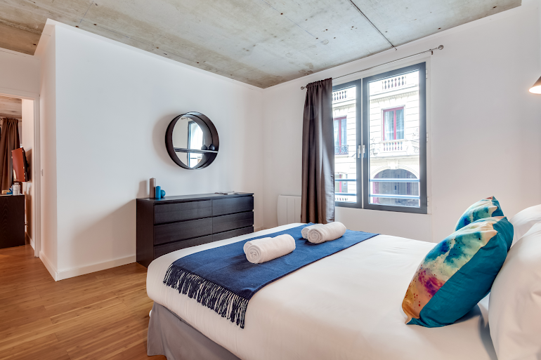 Luxury bedroom at Milan III Serviced Apartment, Opera