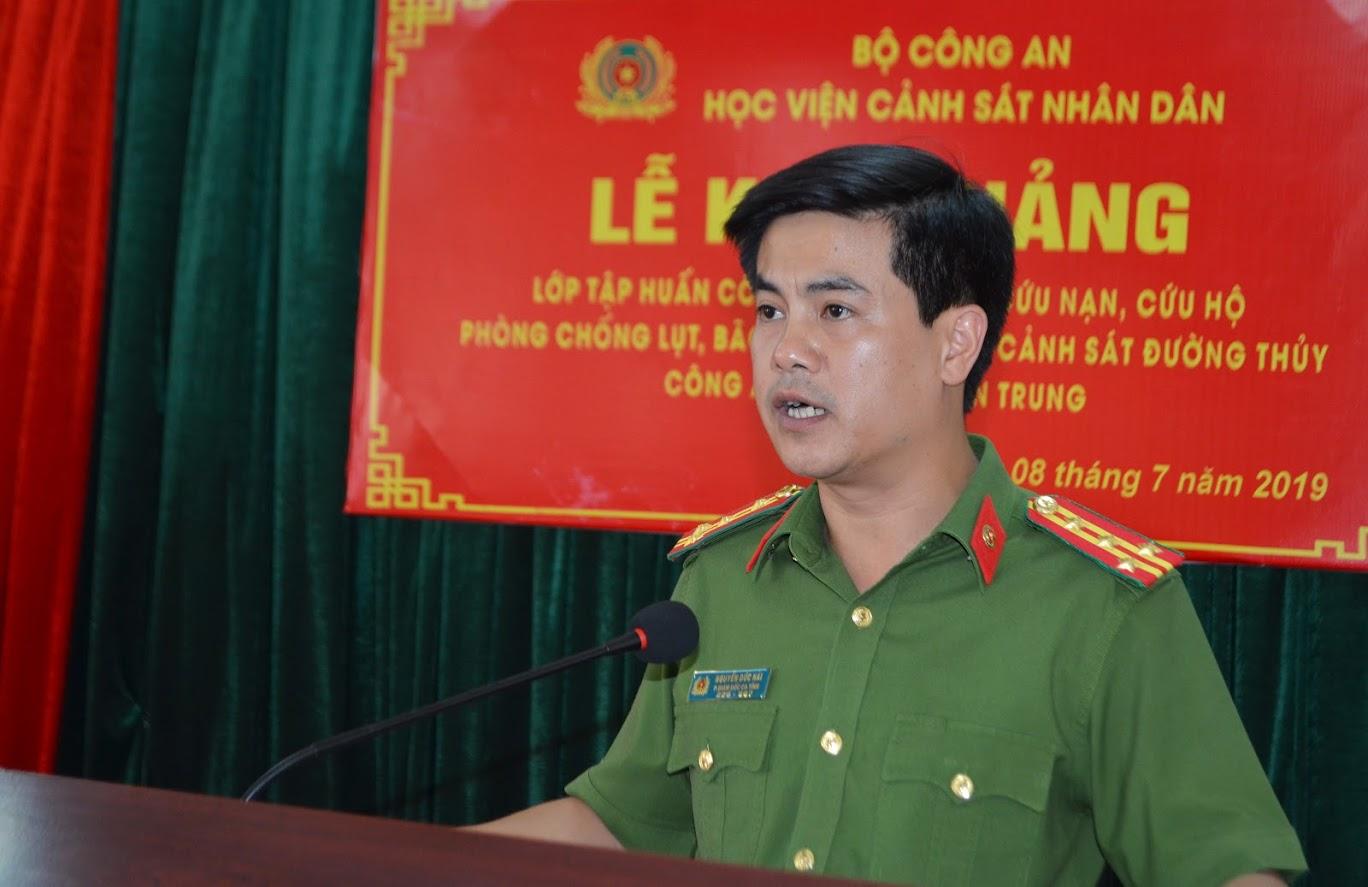 Đại tá Nguyễn Đức Hải, PGĐ Công an tỉnh phát biểu tại buổi lễ