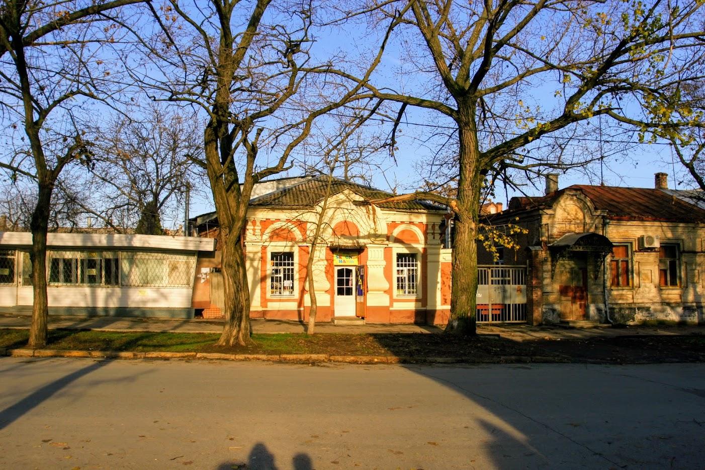 https://sites.google.com/site/istoriceskijtaganrog/italanskij-pereulok/dom-12