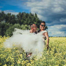 Wedding photographer Elina Kabakova (artvisionlv). Photo of 27.09.2017