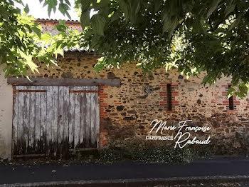 maison à Les Essarts (85)