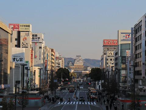 姫路駅 神姫バスと姫路城