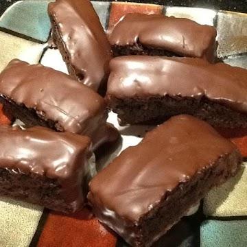 Chocolate-mint Dipt Dark Chocolate Biscotti Recipe