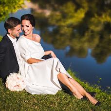 Wedding photographer Mikhail Pochuev (greenmih). Photo of 04.10.2018