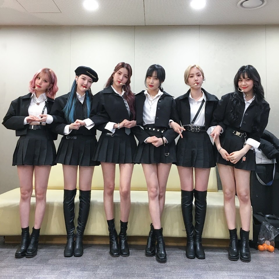 gfriend crossroad outfits 9