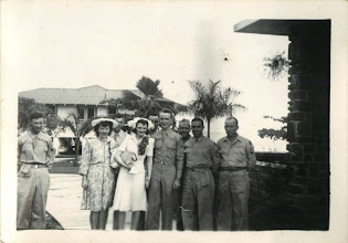 Photo: Gordon and Gerry's wedding party in 1946