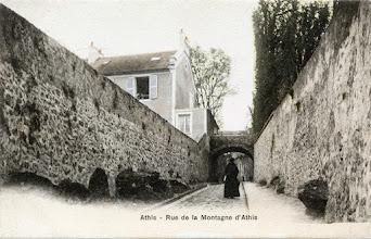 Photo: Athis - Rue de la Montagne d'Athis — A. Breger Frères, Phototypie
