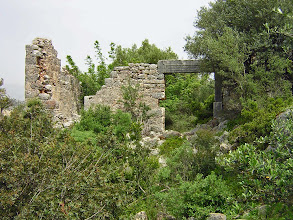 Photo: Andriake and its many ruins .......... Een van de vele ruines van Andriake.
