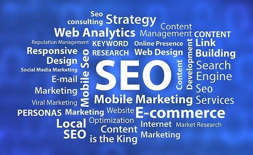 an seo logo with other wordings on it
