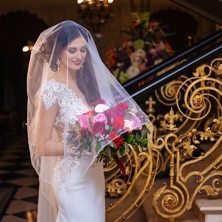 Wedding photographer Antonina Mazokha (antowka). Photo of 15.12.2017