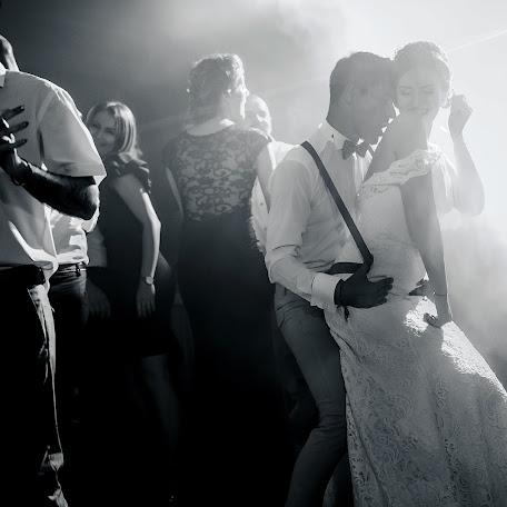 Wedding photographer Claudiu Murarasu (reflectstudio). Photo of 14.02.2017