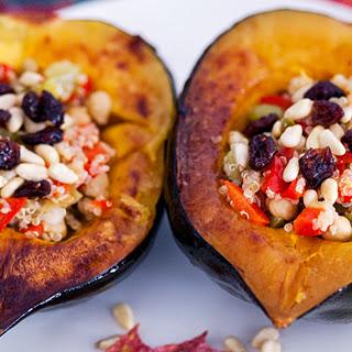 Baked Quinoa-Stuffed Acorn Squash