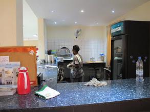 Photo: Sn3S0010-Dakar Pouponnière, petit bar, entrée salle à manger, près du hall IMG_1295