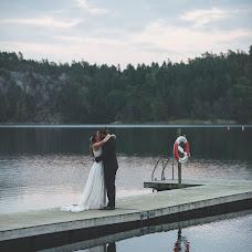 Wedding photographer Sara Kollberg and Anna Bergkvist (blaval). Photo of 11.12.2018