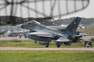 Photo: 07から離陸するF-2を500mmで撮影